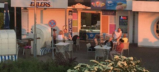Kalifornien, Germany: Eiscafe Slemani beim Sonnenuntergang