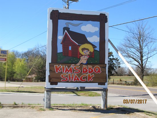 Kirbyville, MO: The new sign for Kim's BBQ Shack formerly Danna's