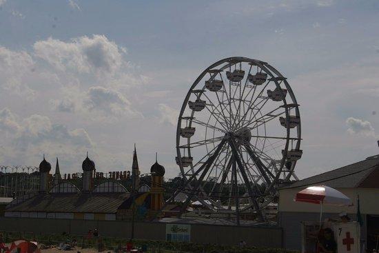 Palace Playland: grande roue, de jour