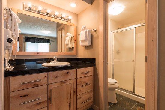 Keystone, CO: B104 - bathroom #2