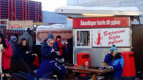 Free Walking Tour Reykjavik: Hot dog stand