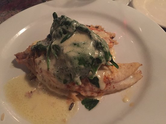 Pearl's Saltwater Grille: Stuffed Flounder! Absolutely amazing!