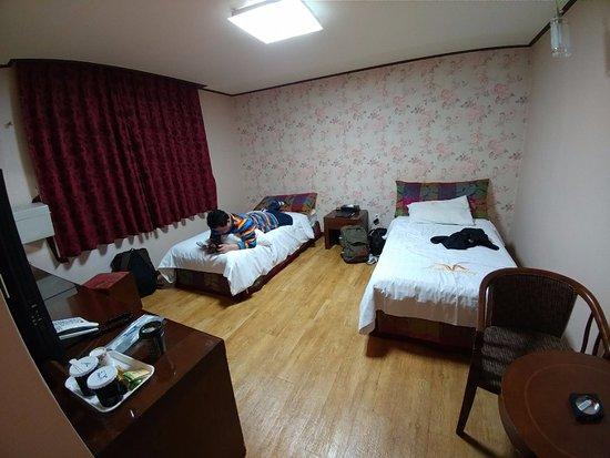 High Valley Hotel