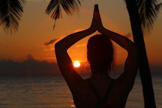 Resort Relax Bali: Sunrise and sunset yoga