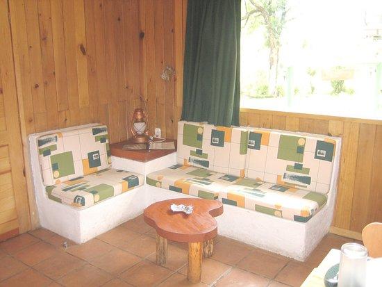 Cabanas El Estribo Hotel: Sala