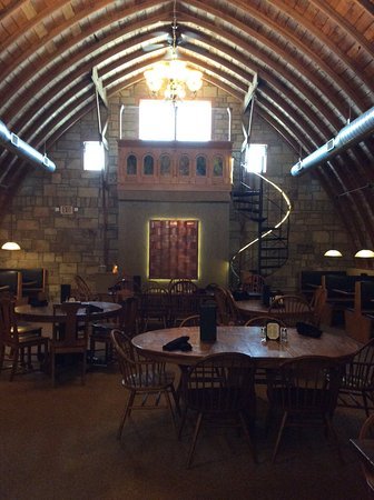 Teddy's Barn and Grill: Top floor