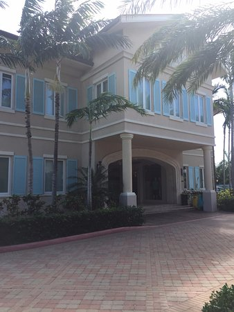 Seven Stars Resort & Spa: heading toward lobby