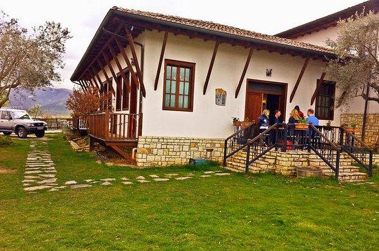 Tour completo de Berat desde Tirana