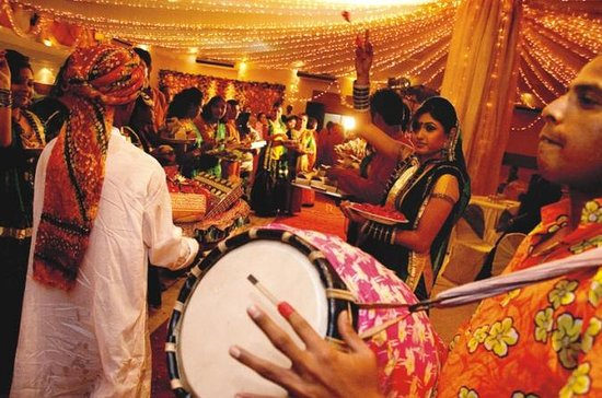 Celebração de Navaratri da noite em...