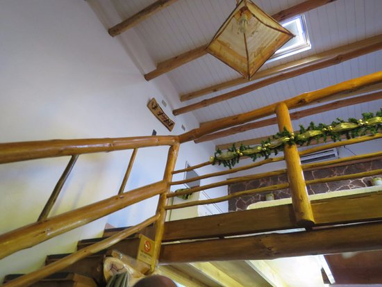 Parina Atacama Apart Hotel: Stairs to our bedroom