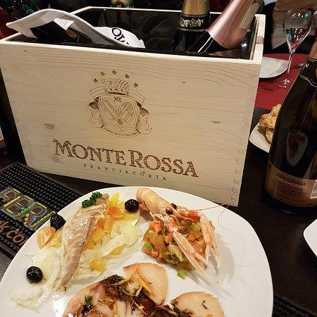 Vi metto a tavola wine bar san benedetto del tronto ristorante recensioni numero di telefono - Vi metto a tavola san benedetto ...
