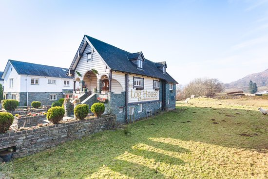 Boltons Tarn Luxury Log Cabins, Ambleside – Updated 2018 Prices