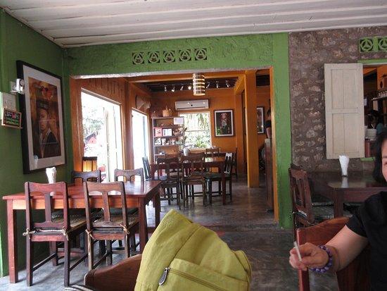 Big Tree Cafe: Inside dining area