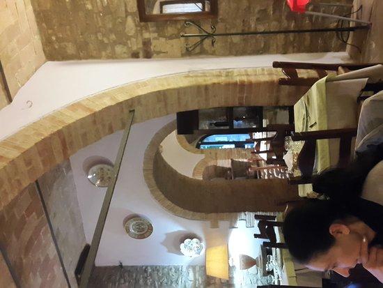 Piccione, Italia: 20160602_194542_large.jpg
