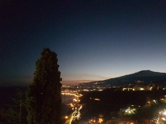 Hotel Villa Paradiso: 20170310_184247_large.jpg