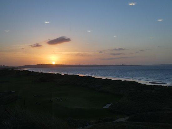 Bridport, Australia: sunset from the restaurant