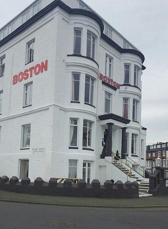 "Boston Hotel : 20170310_164030_large.jpg"""