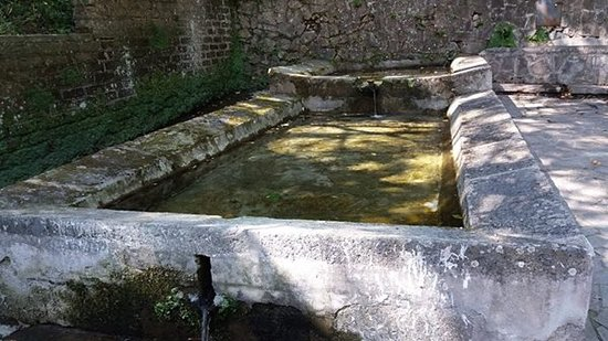 Latera, Italy: Fontana di canale