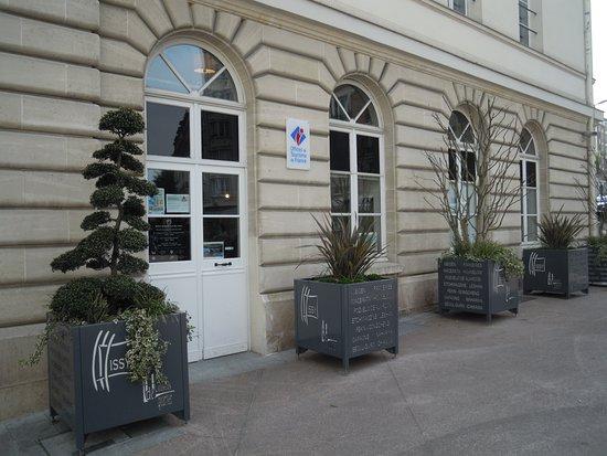 Maison du Tourisme et des Loisirs d'Issy-les-Moulineaux