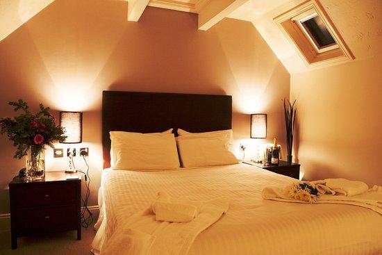 Yeovil Court Hotel & Restaurant Photo