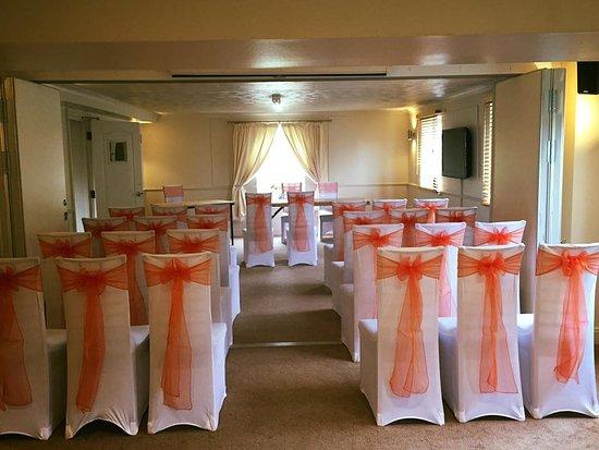 Yeovil Court Hotel & Restaurant: wedding ceremony