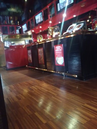 buffalo grill saint quentin avenue lavoisier restaurant avis num ro de t l phone photos. Black Bedroom Furniture Sets. Home Design Ideas