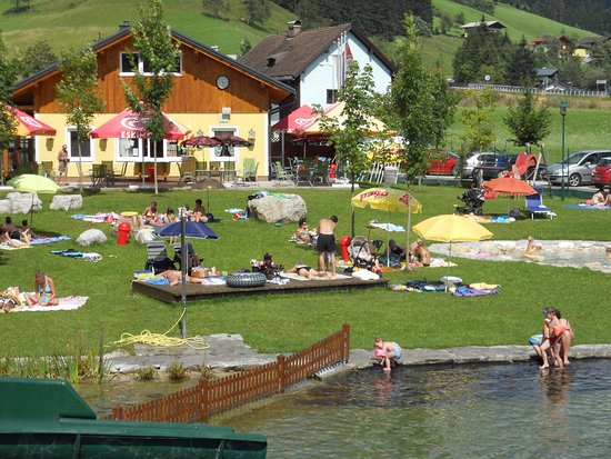 Russbach am Pass Gschutt, Austria: Blick auf das Seestüberl