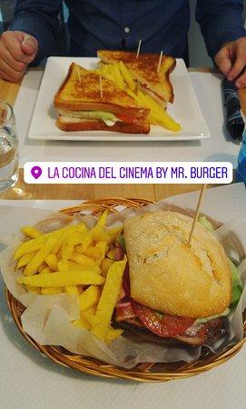 Photo of Restaurant Mr. Burger at C/ Burgos 3, Santander 39008, Spain