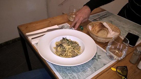 15 euro per un assaggino di pasta