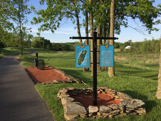 Kaluhyat Golf Club at Turning Stone Resort: The 12th Hole Sign