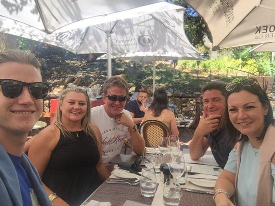 Reuben's Restaurant and Bar Photo