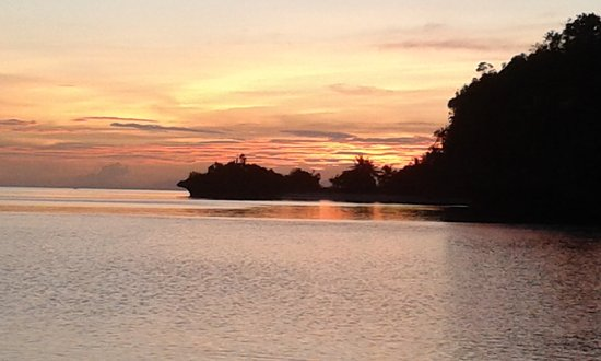 Camotes Islands, Philippines: Sunset Santiago Bay