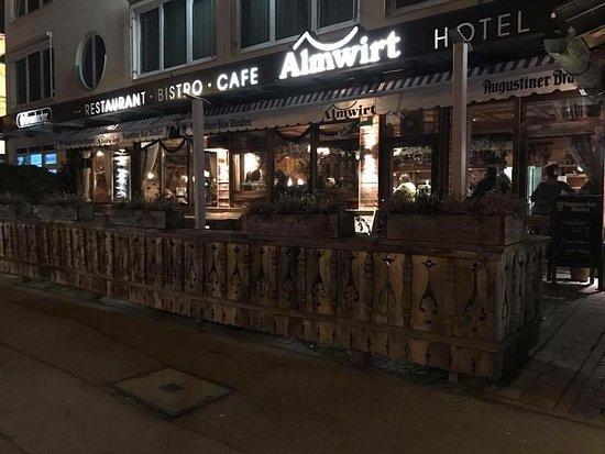 Almwirt Hotel & Inn