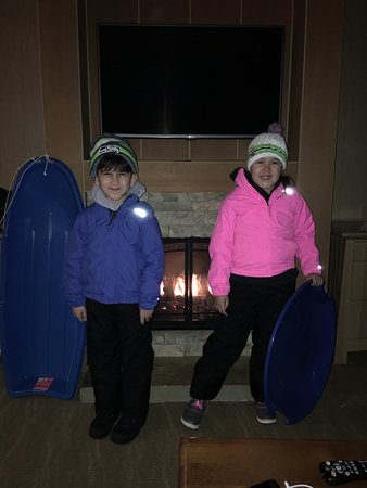 Cle Elum, WA: Getting ready to go sledding