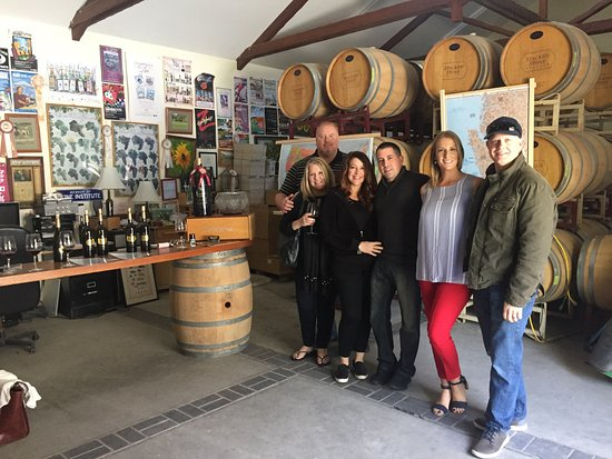 ‪‪Paso Robles‬, كاليفورنيا: Stacked Stone Winery was great! Our tasting was in the winemaker's lab!‬