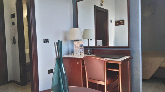 Hotel Forum: DSC_0016_large.jpg