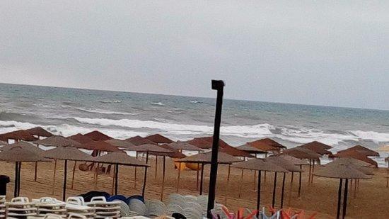 Playa de Martil a primera hora