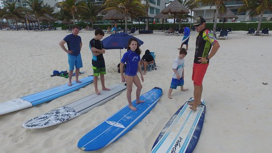 Gnarly's Surf School: learning the basics
