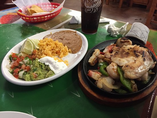 Seminole, TX: Seafood fajitas and enchiladas with steak ranchero.