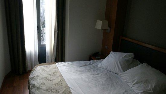 Alti Hotel: Chambre sympa