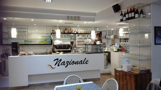Ristorante Pizzeria Nazionale: Cibo buonissimo e fresco ....la pizza eccezionale con prodotti di altissima qualita'  ....person