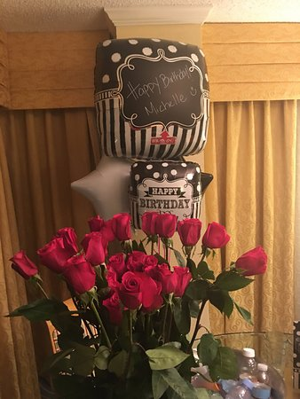 Miami Marriott Biscayne Bay: My flowers and balloons