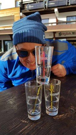 Toni's Almhutte: Après Ski