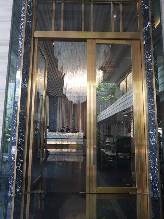 Nice Designer Boutique Hotel In Great Location.