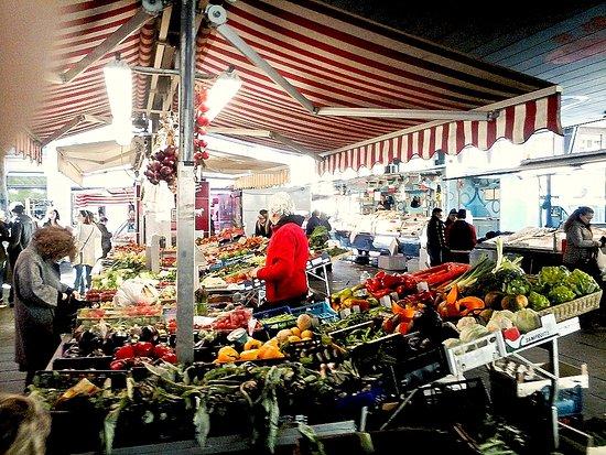 Mercato Di Piazza di Madama Cristina