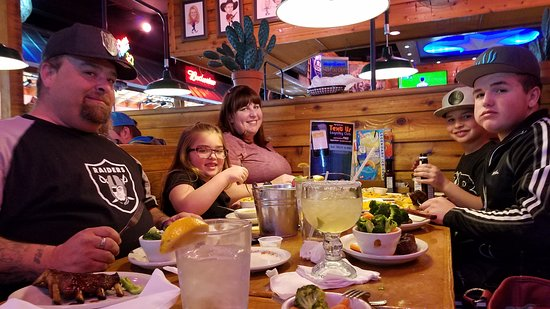 Texas Roadhouse: Great meal and we will come again.