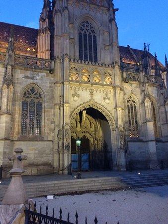Catedral de Santa Isabel: photo2.jpg