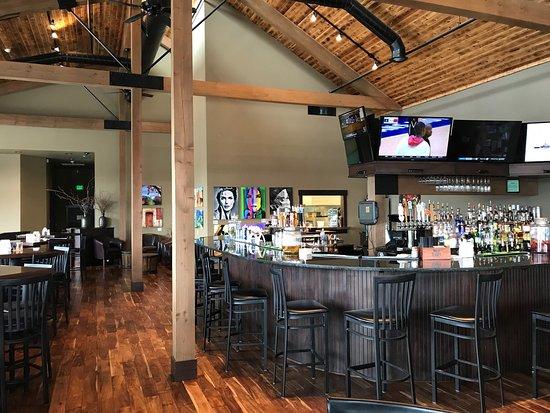 เอลเลนสบูร์ก, วอชิงตัน: Bar area nice interior