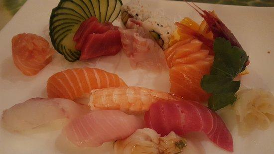 Photo of Chinese Restaurant La Collina d'Oro at Via Pieter Rubens 24, Milan 20148, Italy