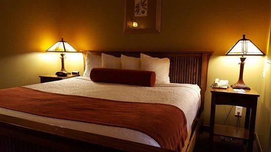 Best Western Plus Sunset Suites-Riverwalk: Bed